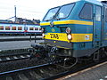 Class 27 with special coupler for M6 trainsets (2234372957).jpg
