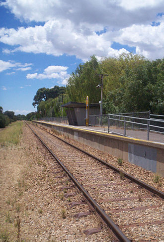 Tonsley railway line - Image: Clovelly Park station