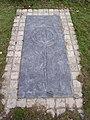 Cofeb Llewelyn ein Llyw Olaf - geograph.org.uk - 148791.jpg