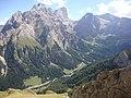 Colac versante est ,vista sulla val Contrin e la mitica parete sud - panoramio.jpg