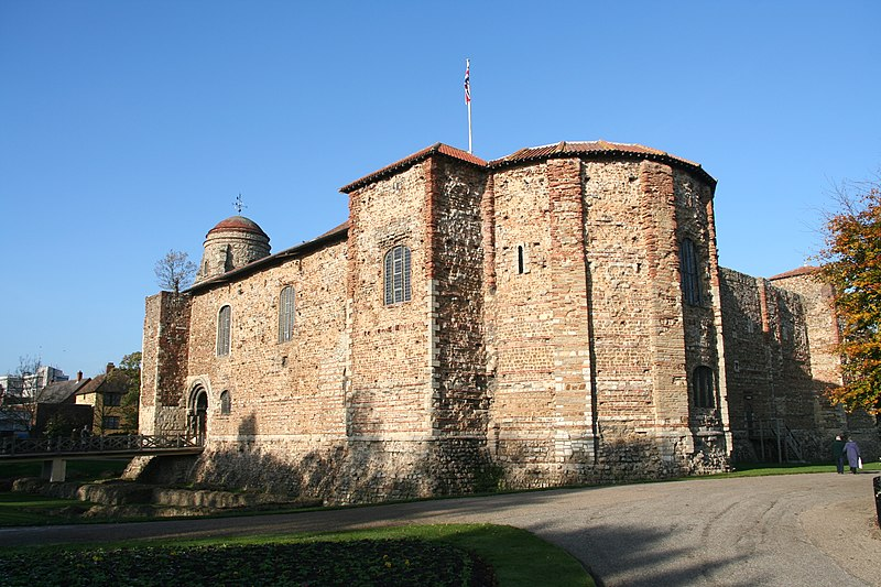 1stMovers' Edinburgh to Colchester removals service keeps your goods as safe as if they were in a castle! The same applies to our Colchester to Edinburgh removals service. Pictured: Colchester Castle.