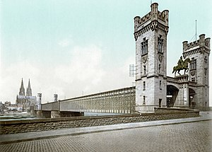 Cathedral Bridge - Image: Cologne railway bridge loc 00861v