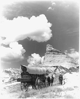 Conestoga wagon on Oregon Trail - NARA - 286056