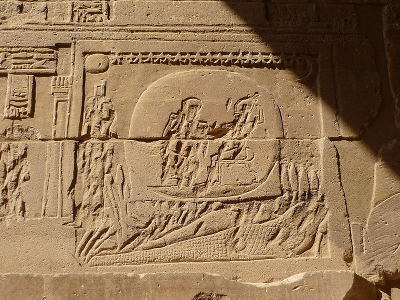 File:Crocodile with Osiris and Isis.JPG