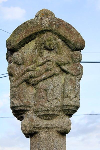 Croix de Penlan: détail piéta