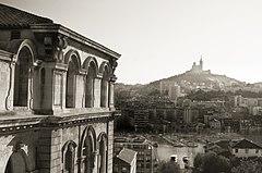 Vista sul porto, sullo sfondo, Notre Dame de la Garde