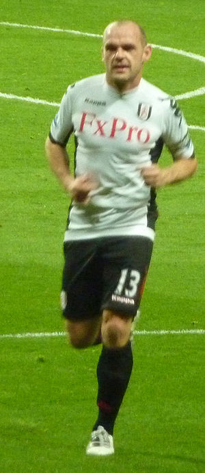 Danny Murphy (footballer, born 1977) - Murphy playing for Fulham during the 2011–12 season