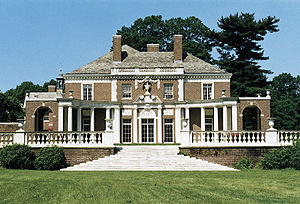 Higher education in the United States - The DeSeversky Mansion on the Old Westbury campus of New York Institute of Technology.