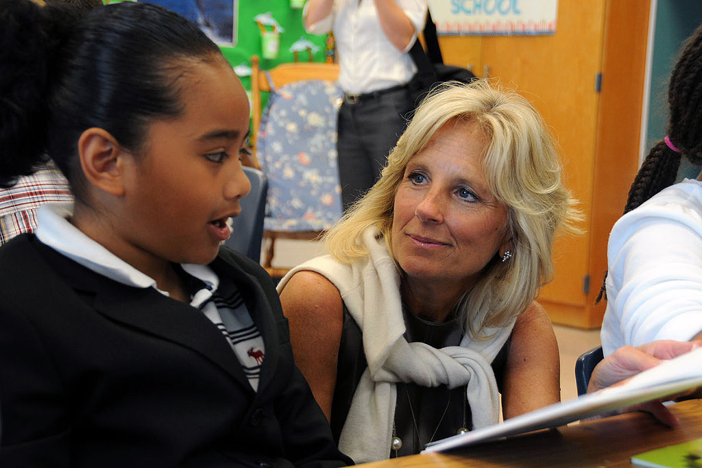 parent governors essay Describe roles and responsibilities of school governors etc there are many different types of governors such as parent governors, staff governors essay on new roles and responsibilities in schools 2 roles and.