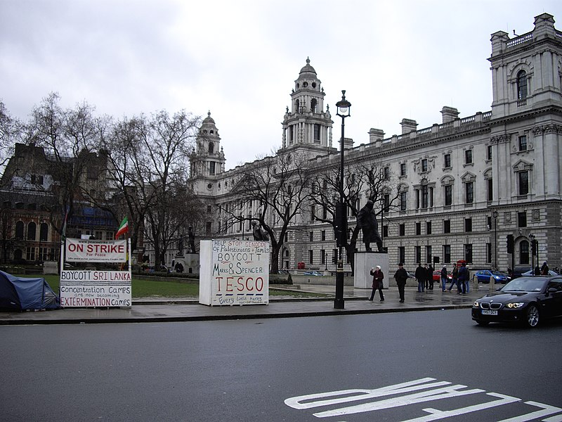 File:Demonstration outside the Houses of Parliament - geograph.org.uk - 1729981.jpg