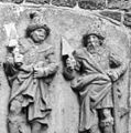 """Detail van gevelsteen """"De 4 Gecroonde Ambachslien"""" - Brielle - 20042569 - RCE.jpg"""