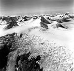 Dirst Creek and Dawes Glacier, hanging glaciers and tidewater glacier, August 28, 1969 (GLACIERS 5393).jpg