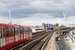 Docklands Light Railway 46 (7101332217).jpg