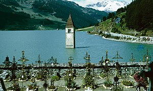 Graun im Vinschgau - With the water level scheduled to rise, graves were relocated to higher ground