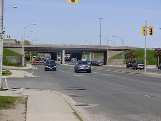 Dufferin Street - Dufferin Street is eight lanes wide in the vicinity of Highway 401.