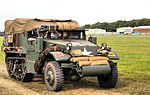 Dunsfold Wings and Wheels 2014 (14857941690).jpg