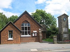 Dunton Green Village Hall and War Memorial - geograph.org.uk - 1450166.jpg