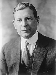 Dwight Davis, Bain bw photo portrait.jpg
