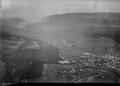 ETH-BIB-Couvet, Val de Travers v. W. aus 1500 m-Inlandflüge-LBS MH01-006663.tif