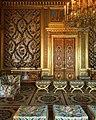 E hoje foi dia de passar o dia revisitando a história das casas dos reis de França (32754693834).jpg