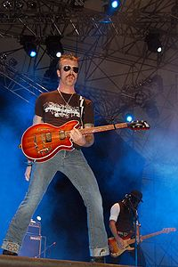 Jesse Hughes med Eagles of Death Metal @ Rock In Idro