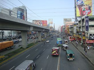 EDSA (road) - The northern terminus of EDSA at the Bonifacio Monument in Caloocan.
