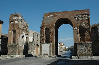 Santa Maria Capua Vetere - Arch of Hadrian (Arco d'Adriano).