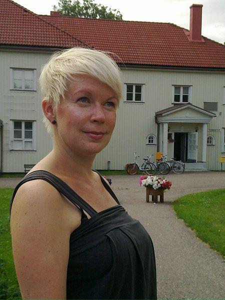 File:Elina Hirvonen2.jpg