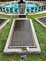 Elvis Presley grave.jpg