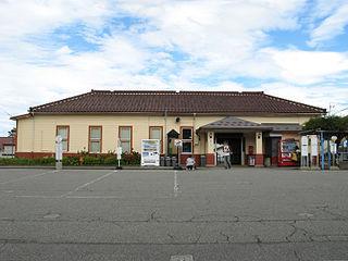 Etchū-Yatsuo Station Railway station in Toyama, Toyama Prefecture, Japan