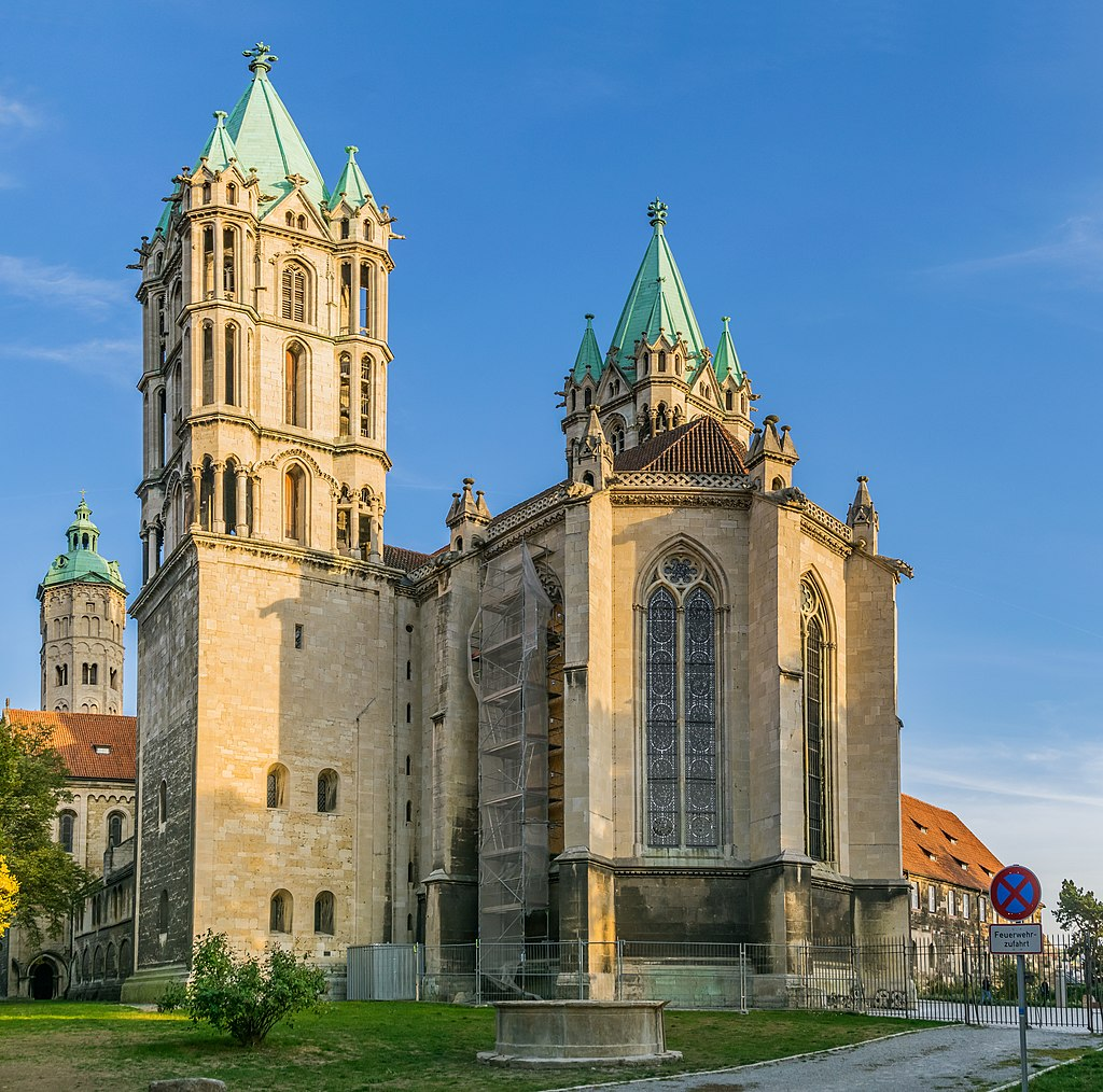 Westchor mit Nordwestturm (Naumburger Dom). Exterior of Naumburg Cathedral 07