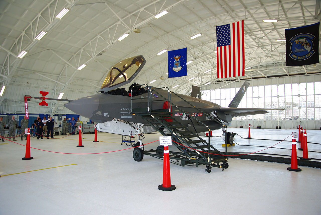 1280px-F-35_AA-1_on_display_at_Eglin.jpg
