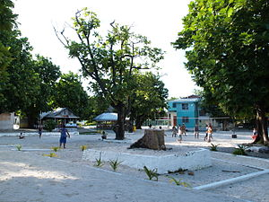 Fakaofo - Image: Fakaofo village square 20070716