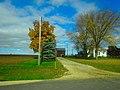 Farm West of Sauk City - panoramio.jpg