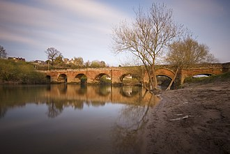 Farndon, Cheshire - Image: Farndon bridge