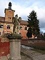 Ferdinand Maximilián Brokof - sochy Mouřenínů u vjezdu do zámku.JPG