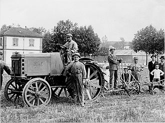 New Holland Agriculture - FIAT produced tractors since 1918