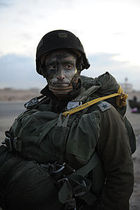 Flickr - Israel Defense Forces - First Operational Parachuting Drill in 15 Years (10).jpg