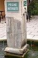 Fontaine à l'Isle-sur-la-Sorgue.jpg
