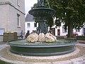 Fontaine de la marie de Vernon dans l'Eure.jpg