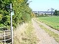 Footpath near Kings Langley - geograph.org.uk - 1511721.jpg
