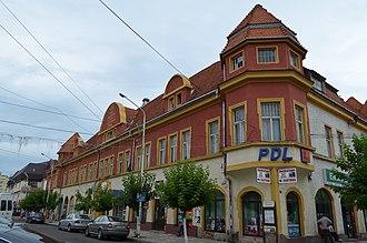 Rădăuți - Image: Fosta prefectură și hotel, Rădăuți (3)