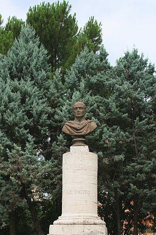 Памятник Тациту в Терни