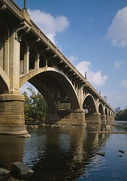 Gervais Street Bridge, Gervais Street spanning Congaree River, Columbia (Richland County, South Carolina).jpg