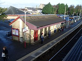 Giffnock Railway Station - geograph.org.uk - 1178168.jpg