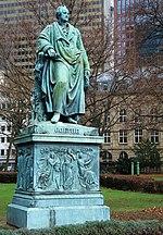 אנדרטה לזכרו של גתה בפרנקפורט