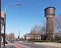 Gogh, straatzicht Klever Strasse met monumentale watertoren Dm82 IMG 4049 2020-04-05 13.44.jpg