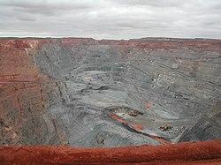 Goldmine Tagebau Super Pit Western Australia.JPG