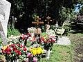 Grave of Zykina.jpg