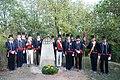 Guàrdia d'Honor davant el monument.jpg